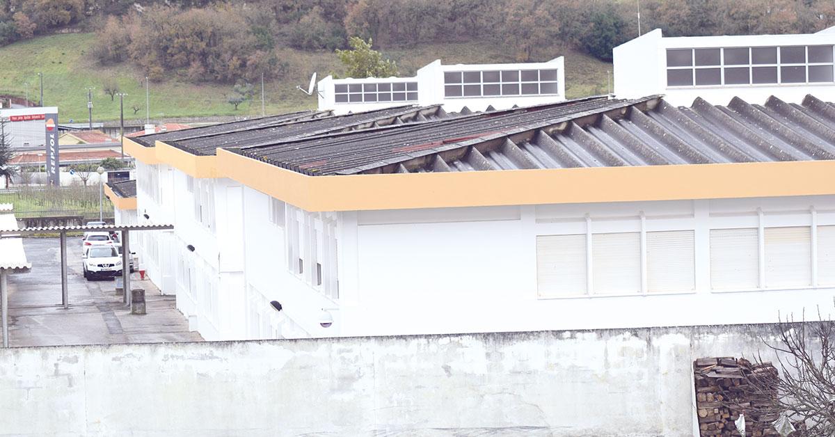 Câmara quer amianto fora das escolas