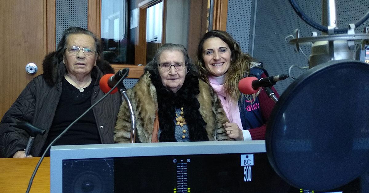 Idosos da Calvaria visitam estúdios da rádio