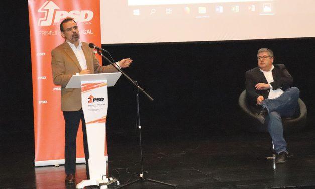 Congresso do PSD discute descentralização de competências