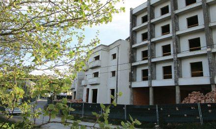 Hotel iniciado há 16 anos ganha mais pisos e mais quartos
