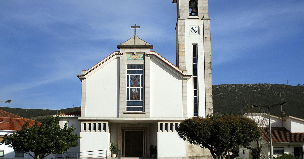 Igreja das Pedreiras assaltada