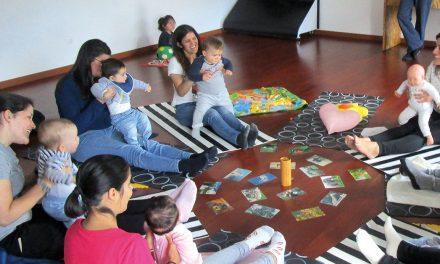 """Benefícios do """"yoga"""" nos bebés e nas crianças"""