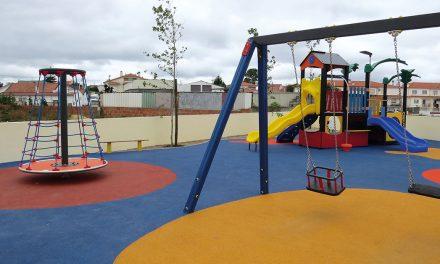 Calvaria de Cima inaugurou parque infantil
