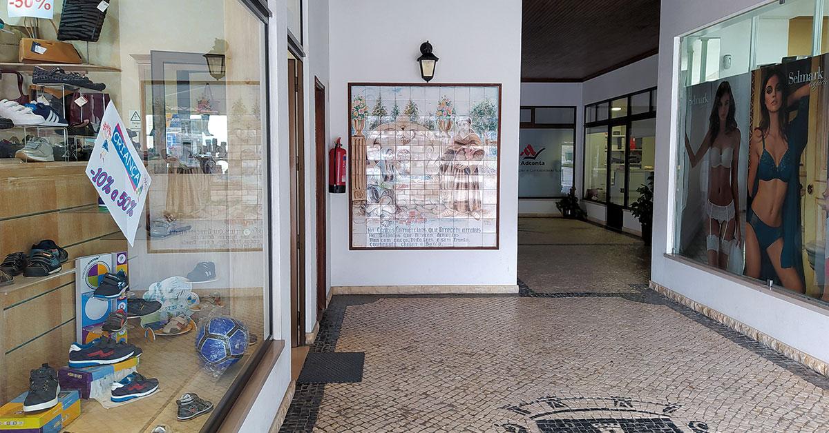 CC Santo António sente queda de público no comércio tradicional