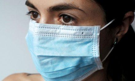 """""""Costurar com o Coração"""" procura voluntários para produção de máscaras"""