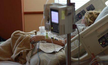 Doentes do CHL vão ter acesso a equipamento tecnológico para comunicar com as famílias