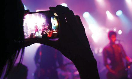Sem licença para espetáculos, artistas estão parados e sem rendimentos