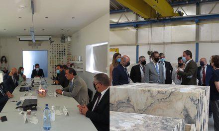 Secretário de Estado Adjunto e da Economia visitou as empresas Manulena e LSI Stone