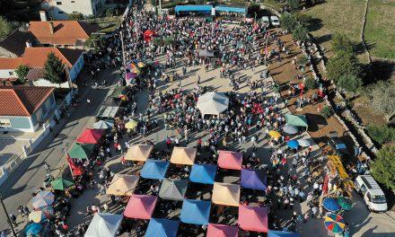 Tocadores de concertinas da Barrenta percorrem mais de 100 quilómetros em palco móvel