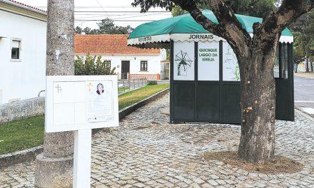 Freguesia das Pedreiras instalou obituários por toda a localidade