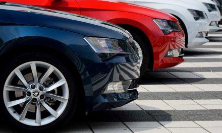 Venda de automóveis novos caiu para níveis de 2014