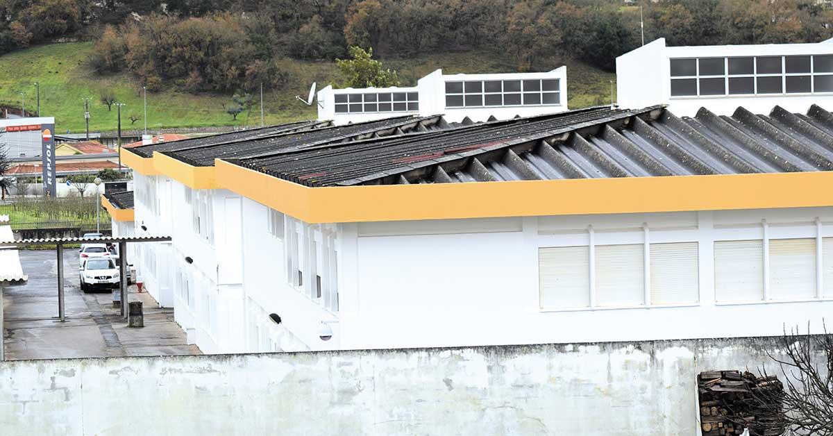 Porto de Mós volta a rejeitar Saúde e Educação