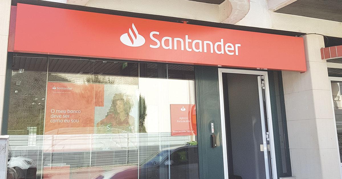Santander encerra balcão em Porto de Mós
