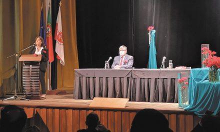 Pandemia e populismo marcam discursos na sessão solene evocativa do 25 de Abril