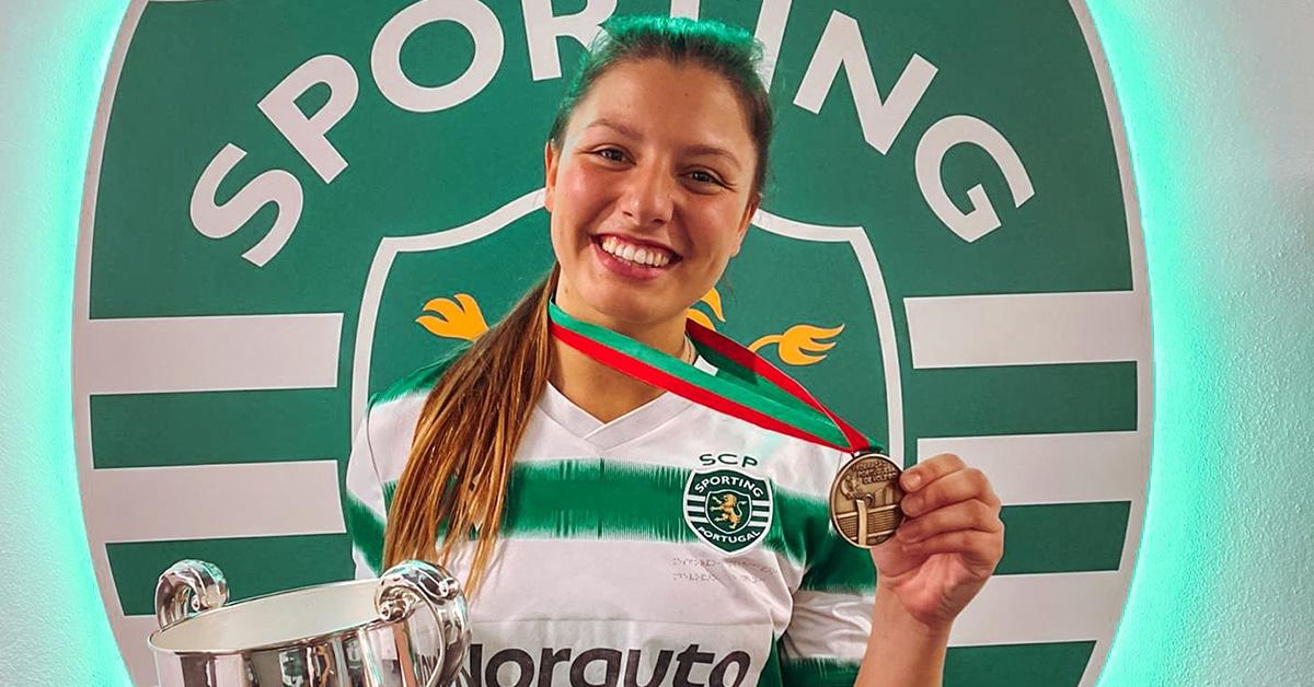 Cristiana Lopes vence no voleibol