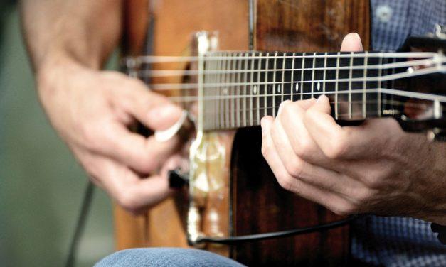 """""""As Guitarras Bem Temperadas"""" amanhã em Porto de Mós"""