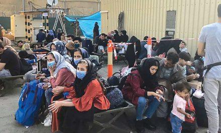 Batalha disponível para acolher refugiados afegãos
